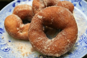 Three cinnamon-sugar-dusted donuts from Sam & Dan's (€2)