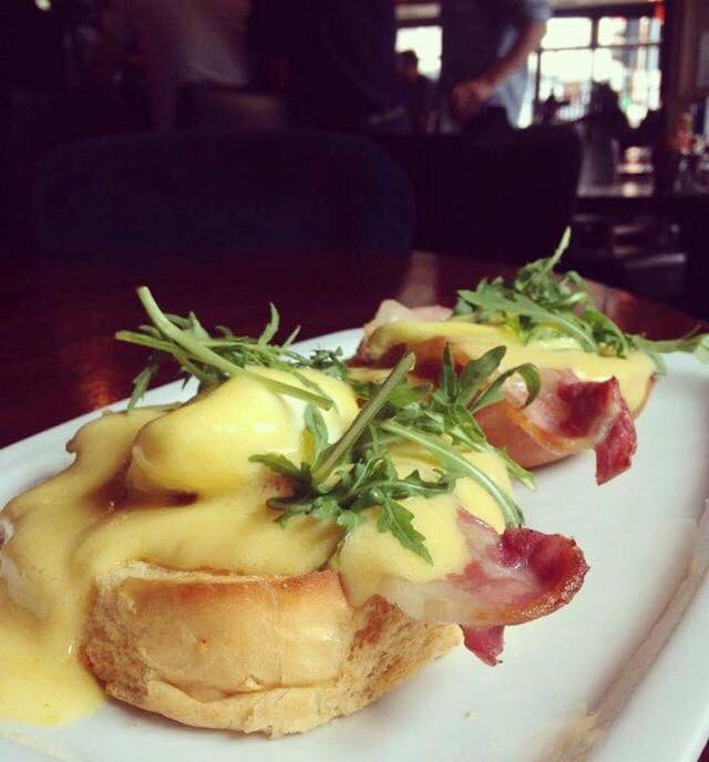 Brunch at Gallagher's Gastro Pub in Cork, Ireland | 40 Shades of Life
